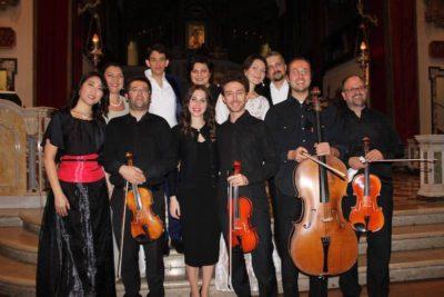 Foto di gruppo dopo concerto